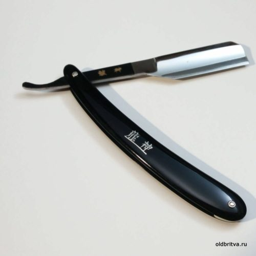 бритва Hatori straight razor